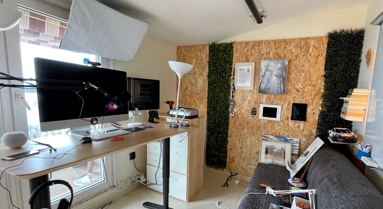 Home office for 2021 with dedicated recording corner 6